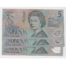 R214 $5 Fraser/Cole Light Green Serials Run of 3 Unc